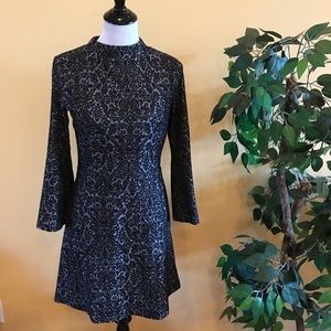 Loft Jacquard Bell Sleeve Dress Black & Gray Sz 4